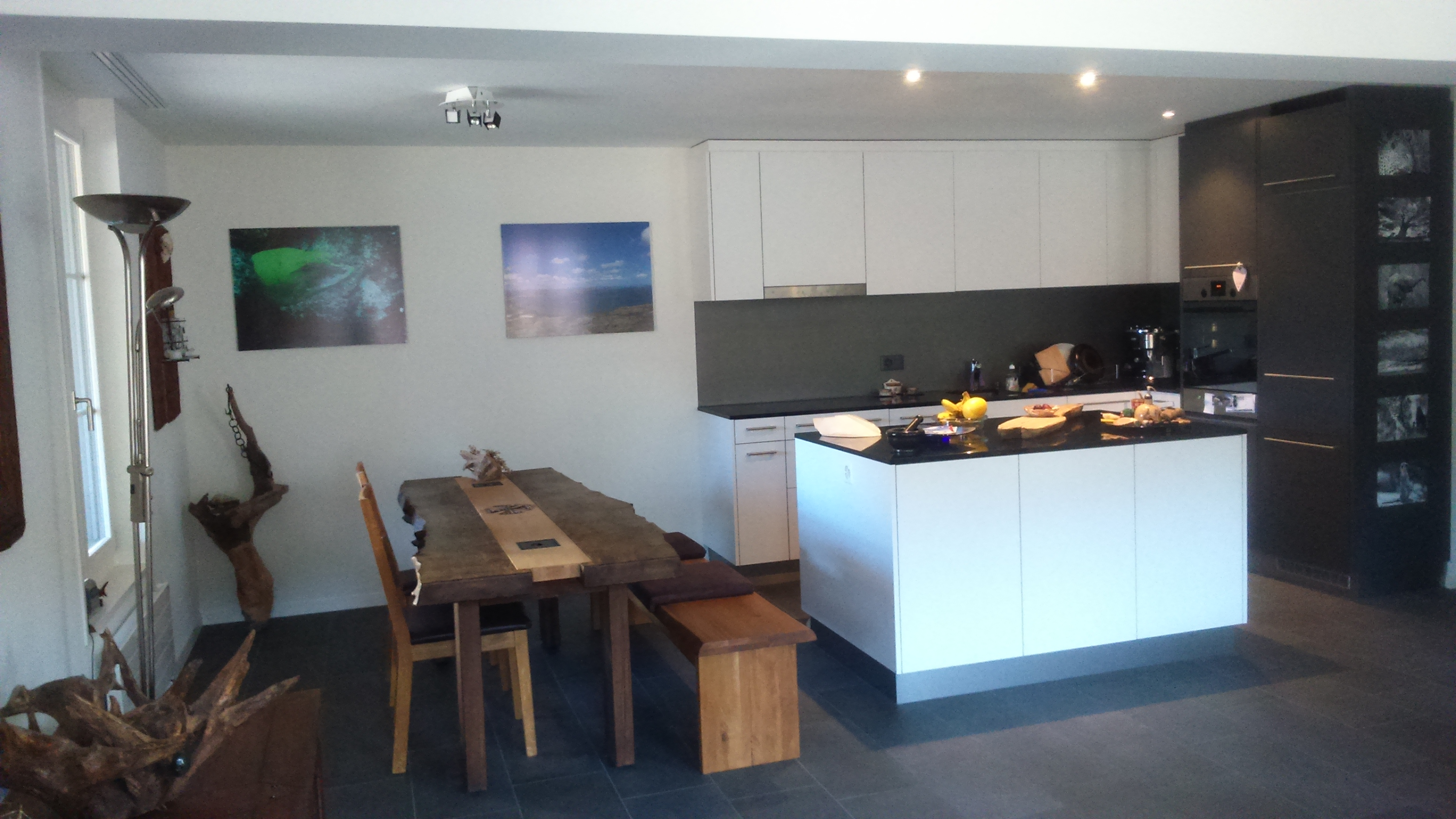 neue, moderne 3 1/2-Zi-Attika-Wohnung im 2. OG mit Balkon zu vermieten